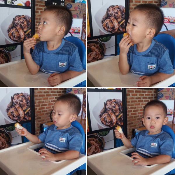 Melatih Kemandirian Anak - Makan dan Minum Sendiri (2)